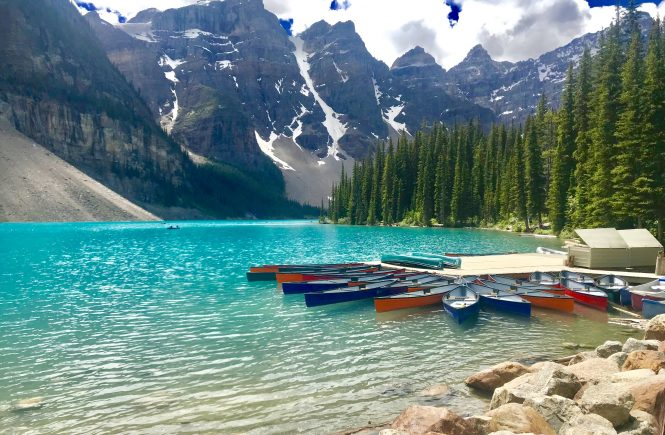 Moraine Lake Calgary Travel Guide